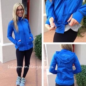 Lululemon Royal Blue Run Bandit Jacket EUC